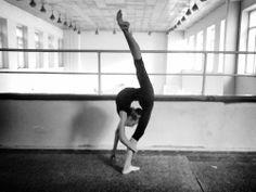 flexible_Canberran_gymnast