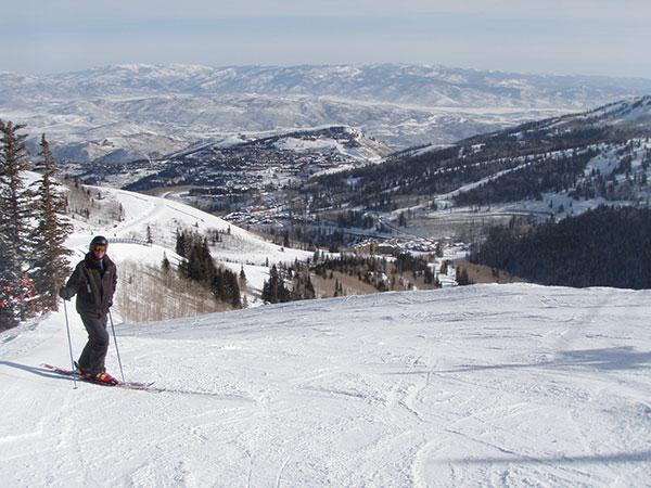 simon-skiing