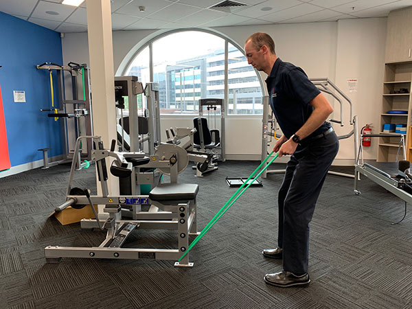 Golf swing exercise bent over row 2