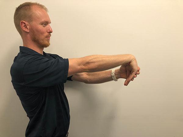 Wrist flexor 1 for Mummy's thumb